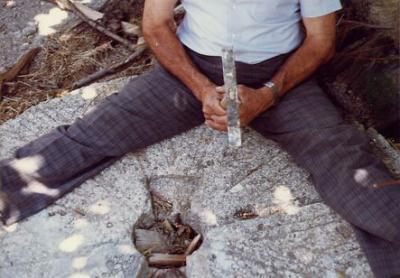 Picando la piedra