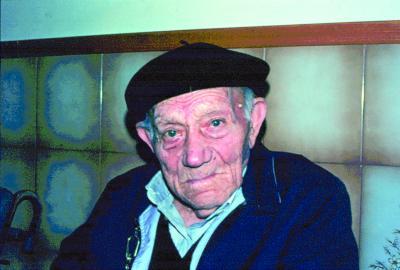 Benito Pujala, gaitero de El Villar de los Navarros